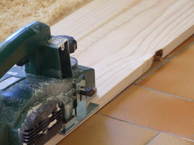 Lavorare Il Legno Grezzo : Tavolo in legno grezzo fai da te come costruire un tavolo di