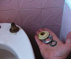 Come cambiare rubinetto